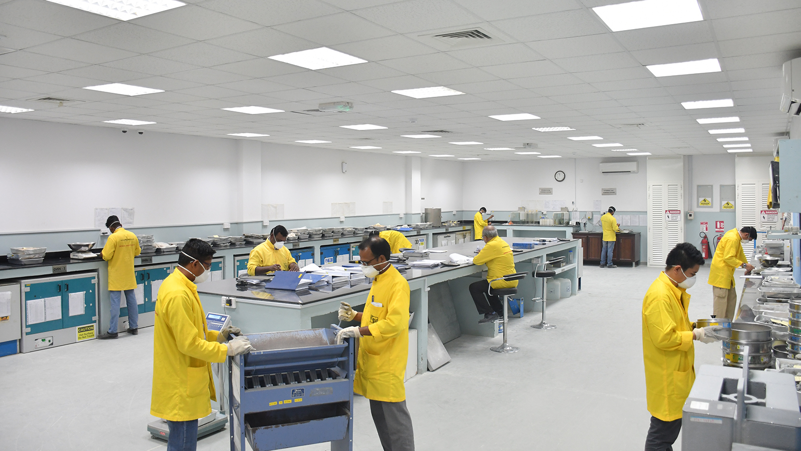Gulf Laboratories – Mannai Corporation QPSC | Your Trusted Partner